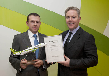 (L-R) Andy Cronin, CFO Avolon and Domhnal Slattery, CEO, Avolon. Avolon won the Mergers and Acquisitions Private Deal of the Year Award 2012.